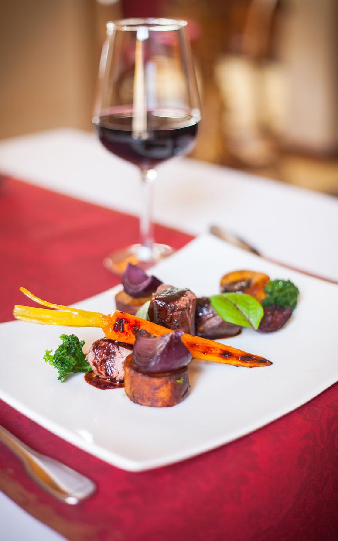 Posiłek w Restauracji Cesarskiej